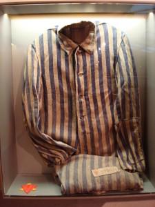 sachsenhausen_clothes1