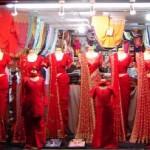 El vendedor de saris.