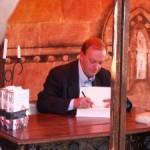 Gonzalo Giner (El sanador de caballos) firmó libros en Malagón