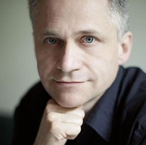 Eric Marchal, autor de El sol bajo la seda