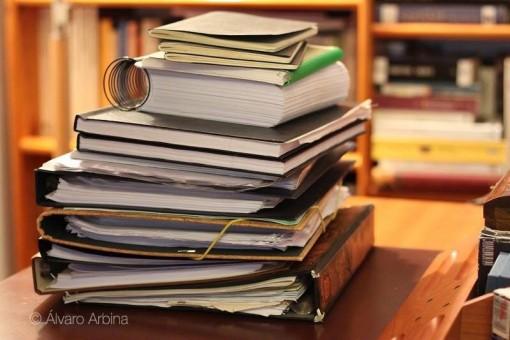 Material de trabajo de Álvaro Arbina para su novela La mujer del reloj.