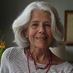 Pilar Tena