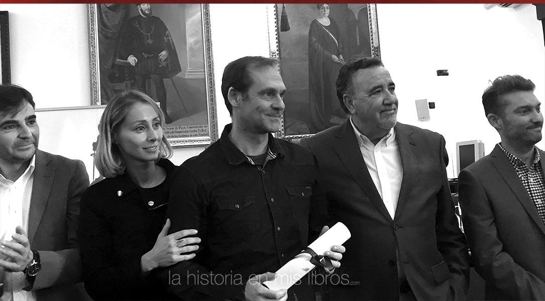 """El ganador del premio """"Cerros de Úbeda"""", Sebastián Rosa, recoge su premio."""