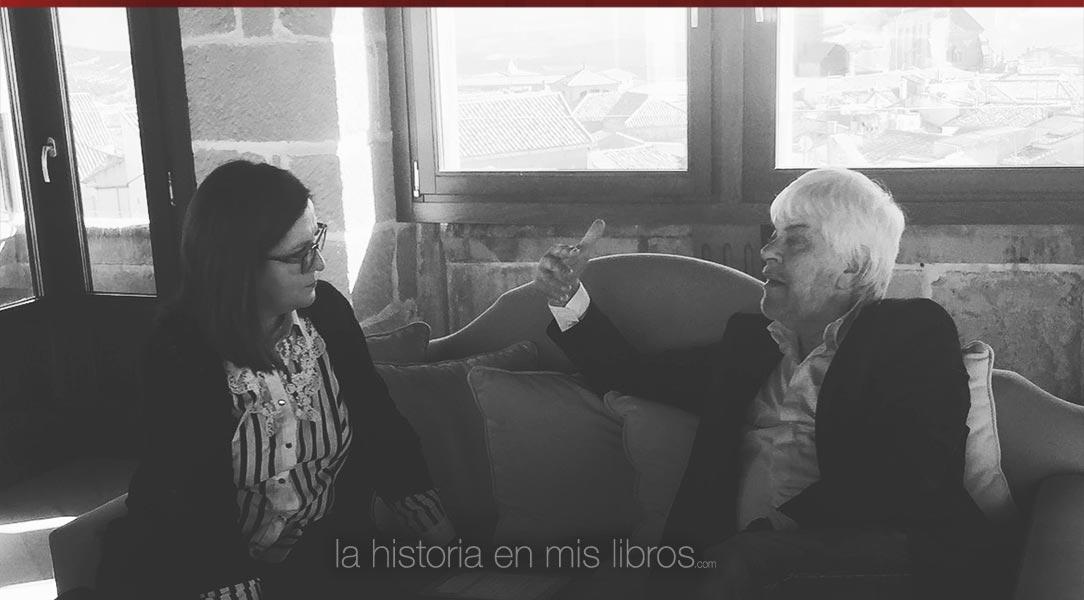 Un instante de mi entrevista a Valerio Massimo Manfredi.