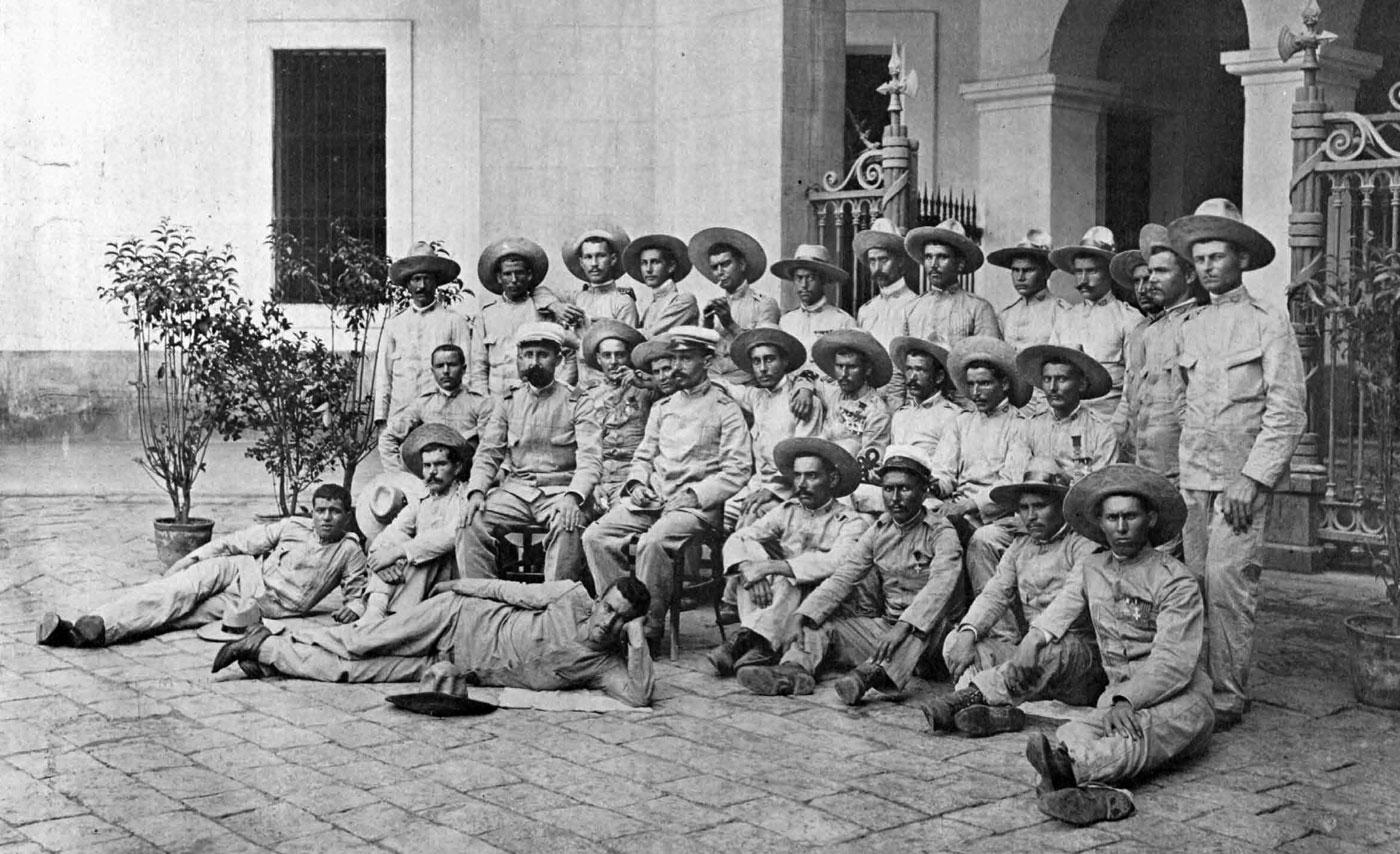 Los últimos de Filipinas - Esclavos del Honor, de Raúl Borrás San León