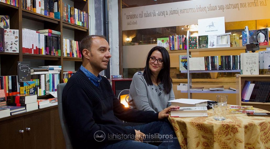 Un instante de la presentación de las magníficas novelas de José Zoilo Hernández.
