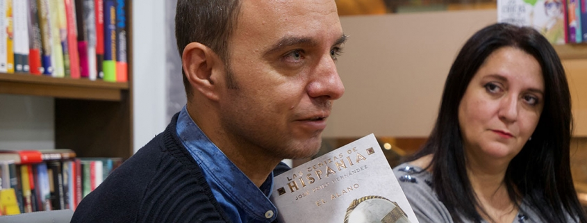 José Zoilo nos habla de sus novelas.